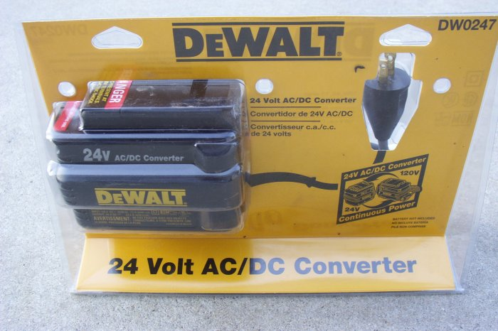 DW0247 Dewalt 24v AC/DC Power Converter