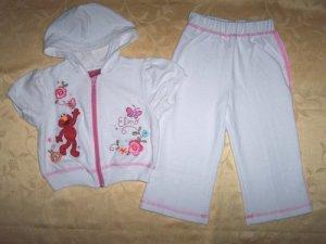 White Elmo Hooded Set for 4 yrs old (RM60.00) / (S$30)