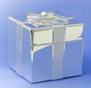 Silver Plated Trinket Box with Simulated bow on lid