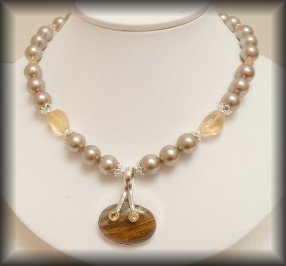 Pomona - Silver gemstone and pearl necklace