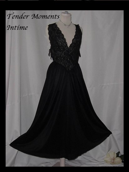 Tender Moments by Intime of California L nightgown Black Lacy night gown