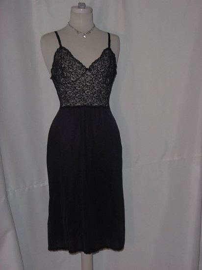 Vassarette Vintage  Black Lacy Slip Bodice Fantastic full sliip lace bodiced 36 L slip  No. 22