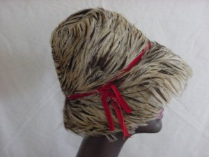 Leci Vintage womens hat 1940s 1950s 1960s Vintage Feather Hat