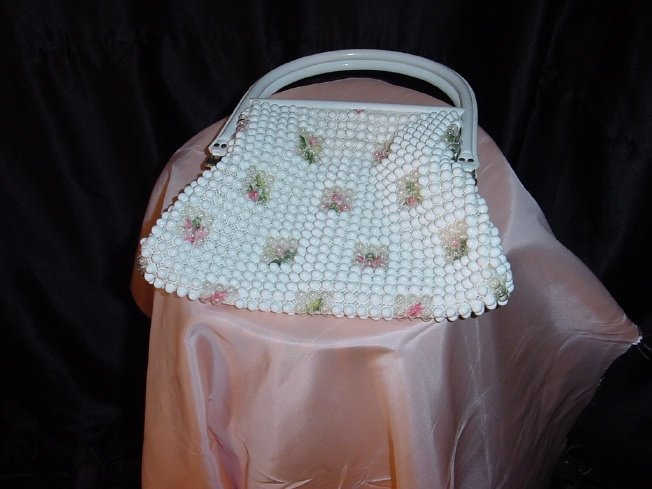 White Beaded Vintage Purse Handbag Plastic handles   42