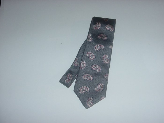 Mens Necktie John Henry silk paisley fabric   44