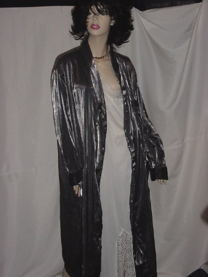 Pierre Cardin Silver Gray Robe Shimmery No. 75
