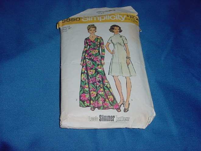 Simplicity Womens Dress 5850 Miss Size 12 Bust 34 Look Slimmer Pattern No. 77