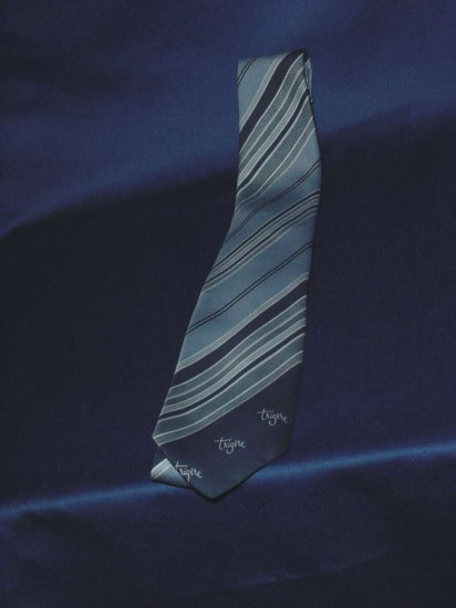 Pauline Trigere necktie diagonal striped Trigere signature tie  No 96