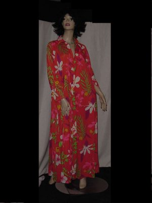 Miss Elaine lounger robe Vintage signed Marc nightgown lingerie 1960s  No. 96