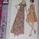 McCall's 3912 Misses 1973 carefree muu muu Pattern Size Small Bust 31 1/2-34  No. 101a