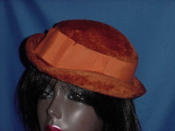 Burnt Umber vintage hat  Lecie Brigadoon saucy hat  No. 127a