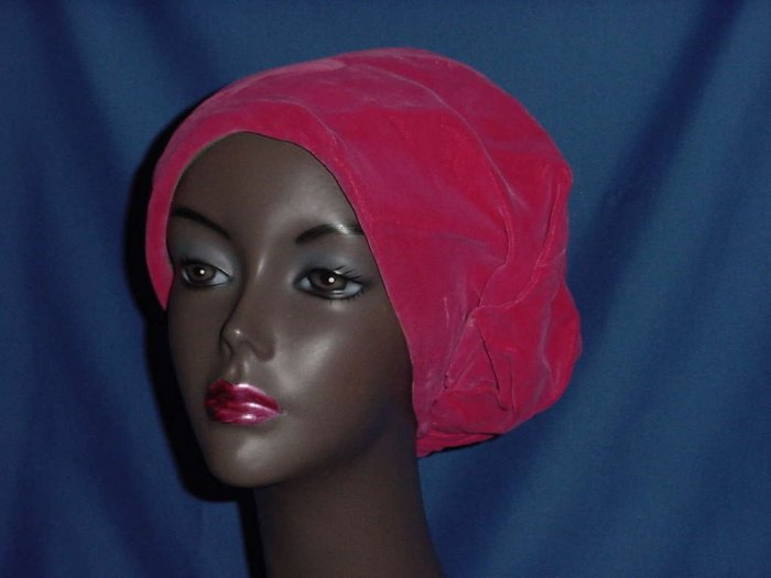 Womens vintage Gage Original hot pink Velvet 1940s 1930s Pull down hat ladies hat  121