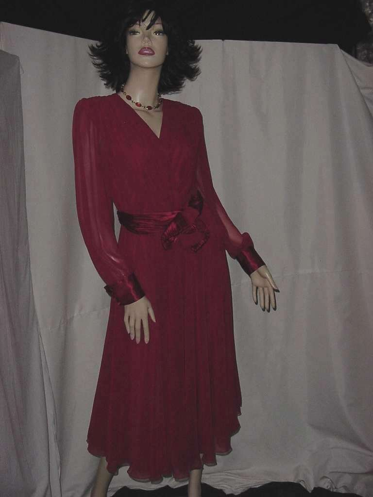 Miss Elliette Raspberry party dinner dress Shoulder pads   134