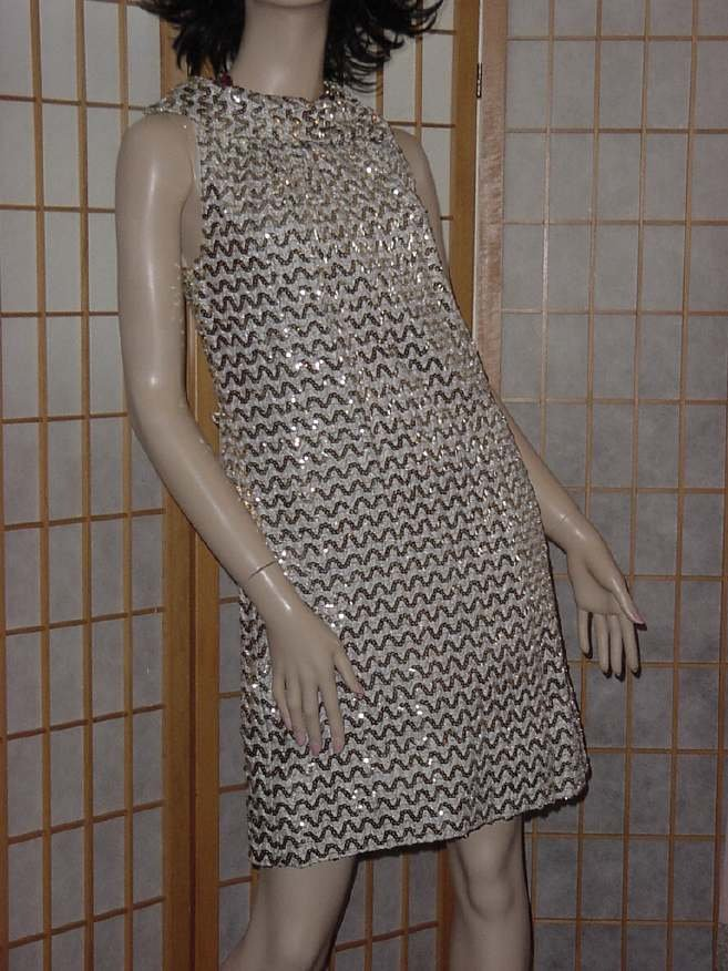 1960s Gold Silver Sequin Formal dress party dress Dinner Sleeveless  Bust  No. 154