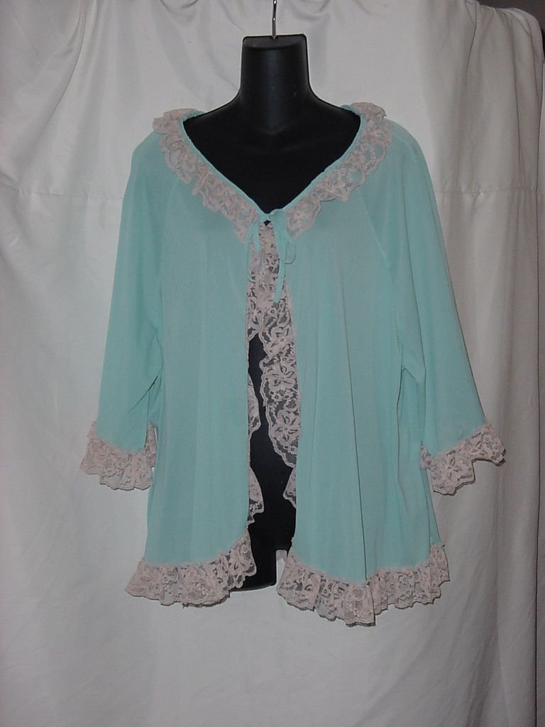 Bed Jacket Roamans Vintage Aquamarine Bed jacket Ecru Lace  No.  106a