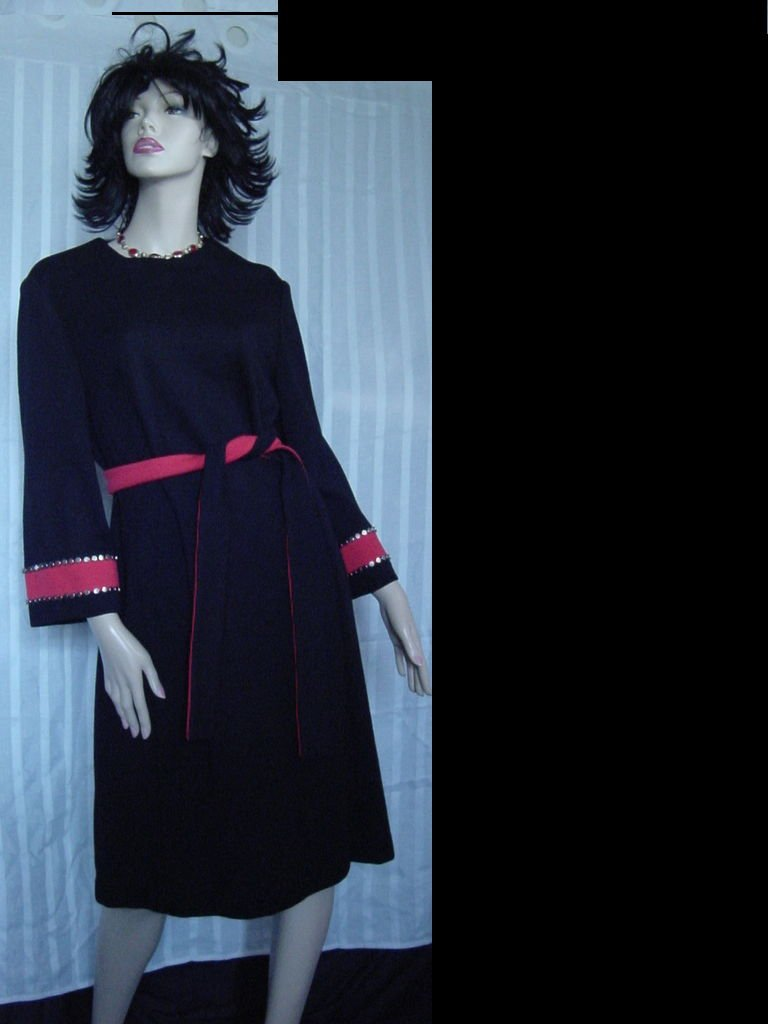 Vintage dress Henry Lee Red Black Studs on Sleeves bust 40  No. 106a