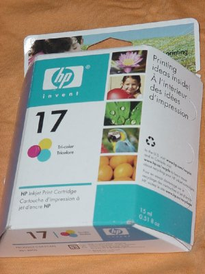HP 17 inkjet Tri-color print Cartridge Expiration date September 2006
