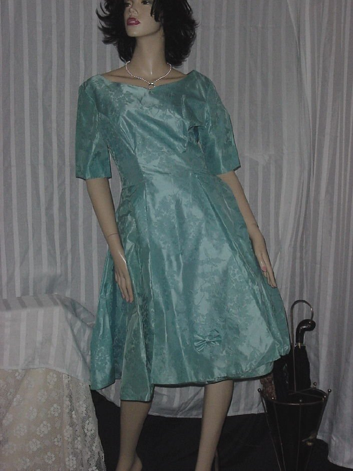 Vintage Brocade Formal Party Dress 1960s Bell Skirt Crinoline Mad Man Prom Dress  No. 188