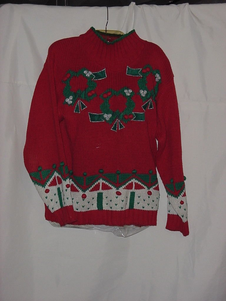 Christmas Sweater The Christmas Card Collection Medium Wreath Holly Berries  No. 129a