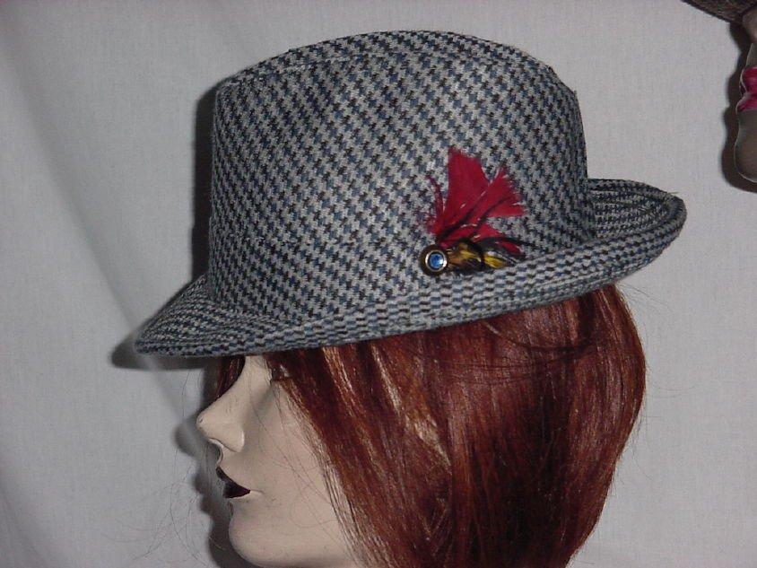 Black Gray Mens Dress Hat Fedora Vintage hat 6 3/4 Polyester Knit  No. 190