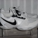 Nike Womens Air  Indoor Court Shoes  Size 6.5 Gently Worn  No. 190