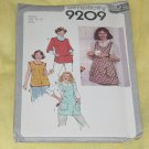 9209 Simplicity Misses'  Aprons sewing Pattern Size 10-12  Uncut No. 192