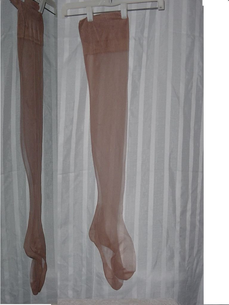 Givenchy Seamed Nylons Beige size 9 1/2 Medium     No. 192