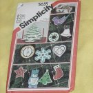 Simplicity 5635 Felt Christmas Ornaments Tree Centerpiece Cardholder Transfers  No. 193