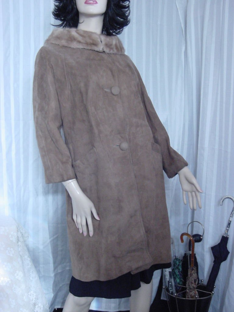 Suede Coat Fur Collar 1960s suede Leather Coat  No. 192