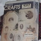 McCalls 9317 Crafts Fancy Frames No. 201