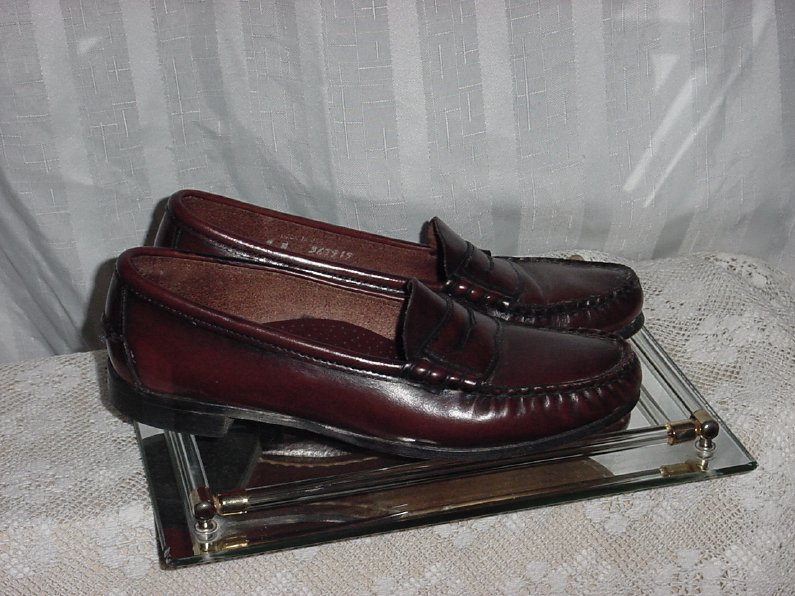 Womens Penny Loafers Flats Ballet Flats Size 7  No. 216