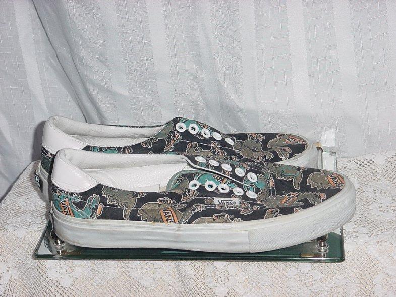 Van's Tennis Shoes Skateboarding Dinosaur Design Mens size 7.5 Womens 9  De 2