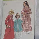 Simplicity Sewing Pattern 5997 Robe Nightgown Size 12 Chest 30 No. 220