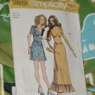 Simplicity 9812  Dress Two lengths size 9 Bust 32 from 1971 No. 227