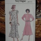 Very Easy Very Vogue 1980's Vogue Dress Pattern 9867 Uncut Sizes 8-10-12  Dec 3