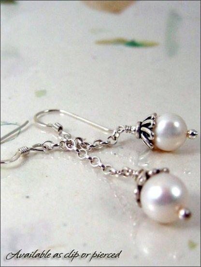 Sterling silver: Elegant Dangling Pearl earrings