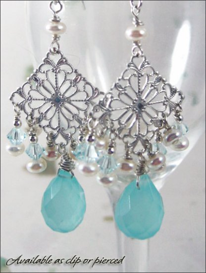 Sterling silver: Sublime Swarovski crystal pearl earrings