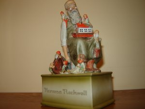 Norman Rockwell Santa's Helpers musical figurine 1979 Schmid Music Box vintage collectible
