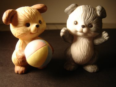 vintage Avon Best Buddies puppies playing ball porcelain collectible figurines 1992 excellent