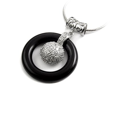 24915-Silver pendant with black agate and gems