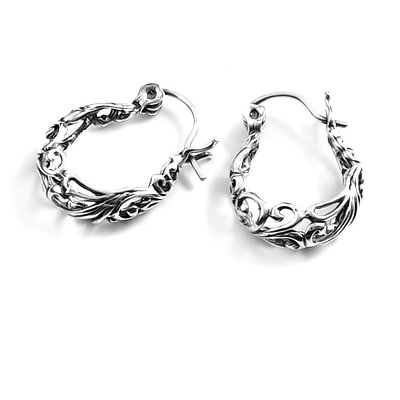 24063- Sterling silver earring