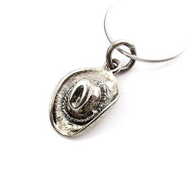 24333- Sterling silver pendant