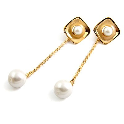 24583-alloy with artificail gemstone earring