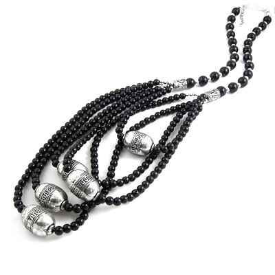 24609-resin with alloy necklace