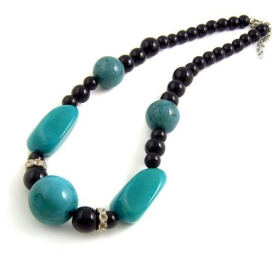 24615-resin with alloy necklace