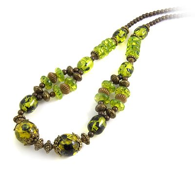 24621-resin with alloy necklace