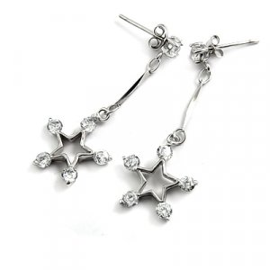 24695- sterling silver platium plated with rhinestoe earring