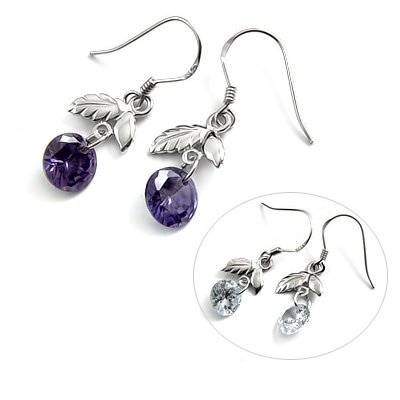 24723- Sterling silver with rhinestoe earring