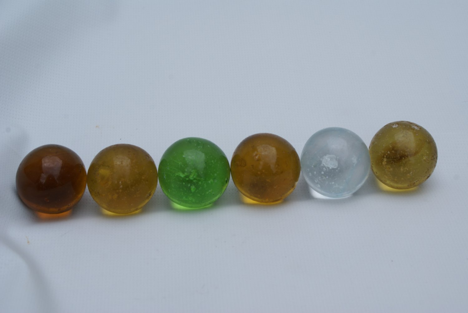 """Vintage 1"""" Akro Agate Butterscotch Shooter Marble"""