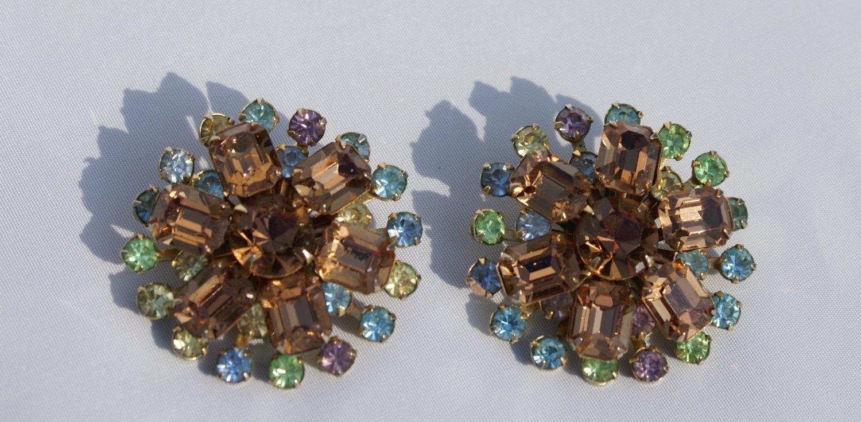 Vintage Clip Earrings Made of Fine Cut Rhinestones c1920